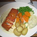 Excellent freshly cooked Salmon and veegetqbles