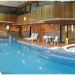 Newly renovated Pool with Sauna, Jacuzzi and Fitness Center