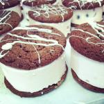 chocolate cheesecake sammie