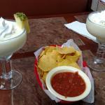Pina colada, señorita plate, flautas, chips & salsa
