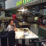 ภาพถ่ายของ Hometown Hainan Coffee Shop