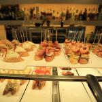 Pinchos displayed on the bar counter~