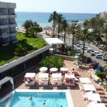 Blick von der FKK-Terrasse zum Swimmingpool