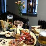 Frankies Wine Bar Foto