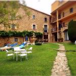 El hotel y su jardín