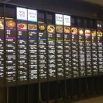 เลือกอาหารแต่ละร้านที่ชอบพร้อมจำชื่อหรือรหัสร้าน