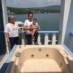 Nos Hospedamos en Villa Bejar Spa las habitaciones excelentes la atención es buena pero restaura