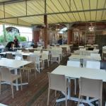 Le restaurant (vue de la terrasse)
