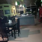 Фотография Tropicana Bar & Grill