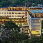 PADMA HOTEL BANDUNG - building