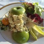 Apple with artichoke hearts appetizer