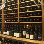 Tastes of the Valleys Wine Bar & Shop Foto