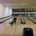 Bugsy's Tenpin Bowling Bild