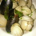 Mussell and clam appetizer