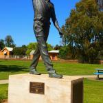 Glen McGrath Statue