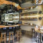 Bar mit Frühstücksbuffet