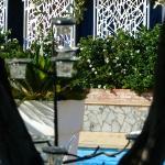 vue du jardin vers la piscine