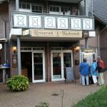 In Zingst kann man dieses Restaurant sehr gern Empfehlen. Das Personal ist sehr nett und freundl