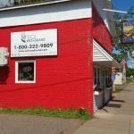 Lou's Rustic Diner