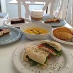Brunch @ CASINHA Boutique Café, naturally fresh everyday! :)