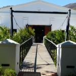 The suspension brigde to the wine cellars