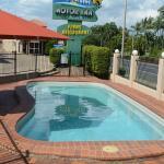 Rocky Gardens Motor Inn