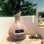 Poolside pizza oven!