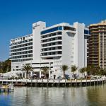 Photo de Waterstone Resort & Marina Boca Raton - a DoubleTree by Hilton Hotel