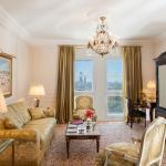 One Bedroom Deluxe Suite - Living Room