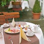Garten / Frühstück