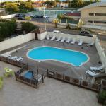 piscine de l'hôtel petite mais propre
