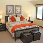 Lowell Bedroom MLSHIDROOMbedroom