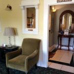 The Santa Paula Inn B&B Lobby