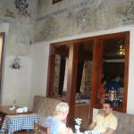 стены ресторана