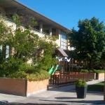 La terraza y parque infantil