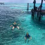 Hermoso y tranquilo lugar para hacer snorkel con personal de seguridad al pendiente