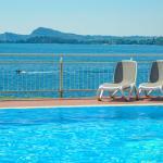 Panoramic swimmingpool