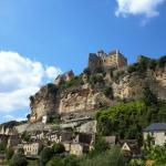 Vue du village et du château