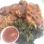 This food was AMAZING! Cornbread, oxtails, and the fruit punch. Got to meet the owner and here s