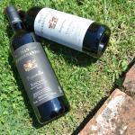 Dettaglio di due vini