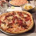 Pizza + le ottime patatine rustiche