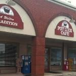 Pot Luck Cafe