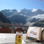 なんとうれしいことにインターラーケンで作られたビール。ルーゲンブラウの生ビール!あっさり爽やか!