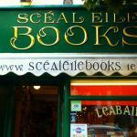 Scéál Eile Books, Ennis