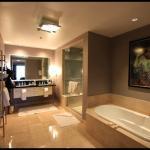one of 2 bath room