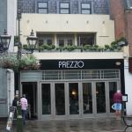 Prezzos in Horsham's Carfax. Level access to the ground floor. Front can be opened fully in summ