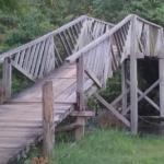 ponte de acesso à Pousada