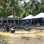 Swimming pool, pub and karaoke room