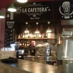 Nuestra zona de bar, con servicio de copas y café.