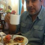 Aqui tomando el desayuno!!!